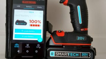 Black+Decker 20V Smartech Drill Combines Tech And Durability #GiftGuide